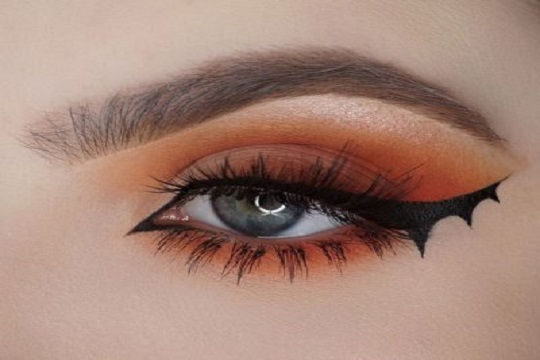 What Is Featured Halloween makeup