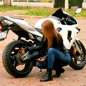 Which One is Better for Your Bike? Petrol or Octane