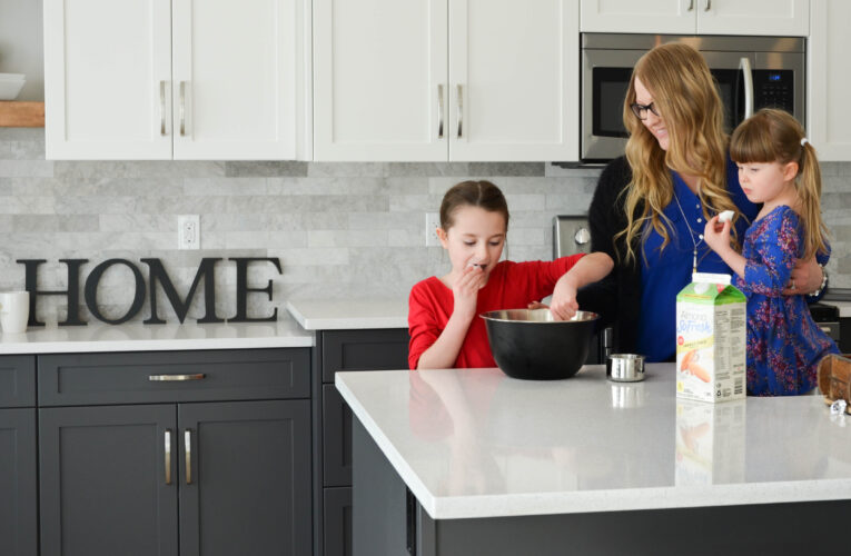 How to buy kitchen countertops at low prices?