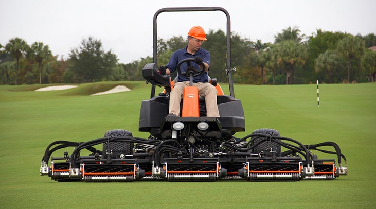 4 Different Types Of Golf Course Mowers