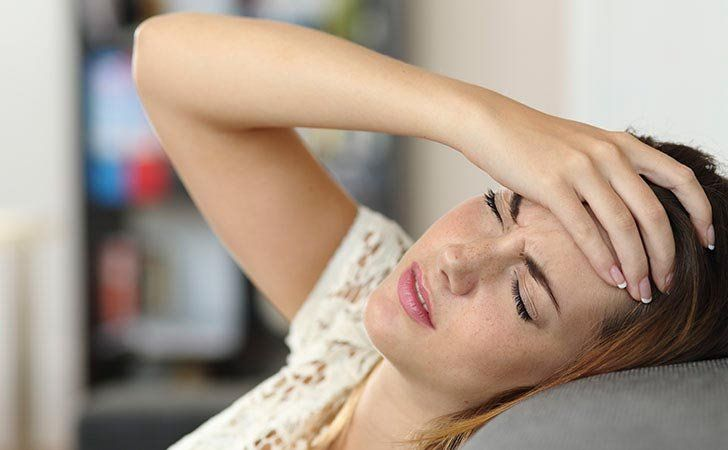 Causes and treatment of headache when waking up