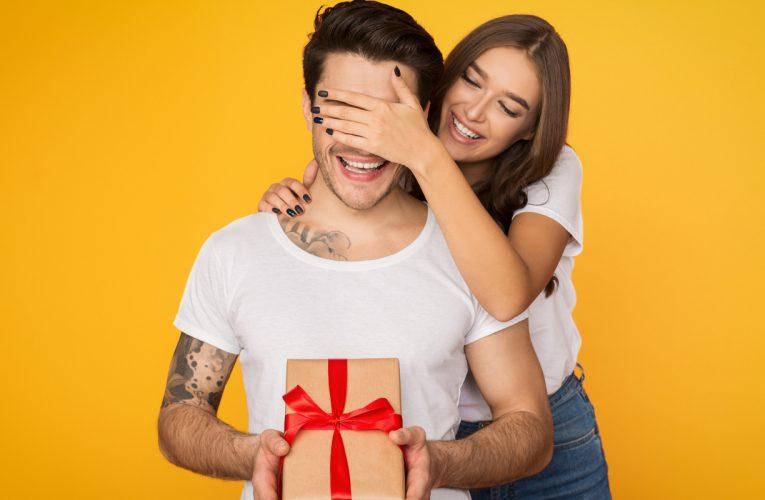 Top 10 Incredible Men's Gift Ideas